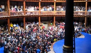 Picture of students in Globe Theater