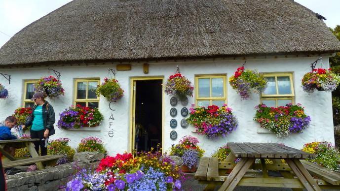 Inishmore pub
