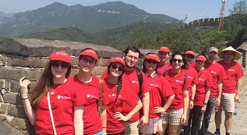 Rutgers Global – Rutgers Around the World, Episode 5, In Focus: China, Rutgers faculty, staff and students pose on the great wall of China